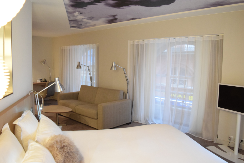 hotel-le-grand-balcon-toulouse-france-modern-luxery-flight965-p7